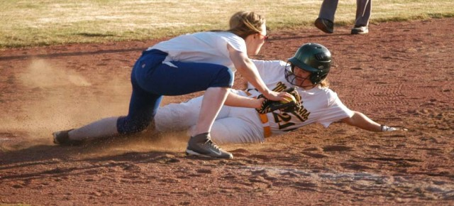 Canedo home run highlights Tonasket, Bridgeport wins