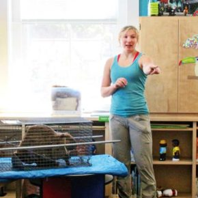 Strider the Beaver makes an appearance at Twisp library