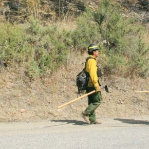 Crews team up to contain spot fires S.E. of Twisp