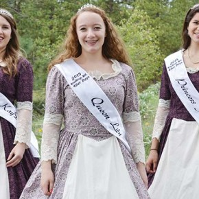 Junior royalty represent the youth at '49er Days