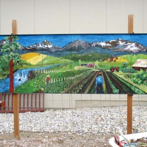 Mural by Twisp painter installed in Leavenworth garden