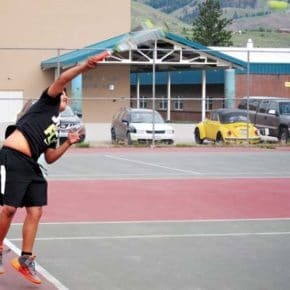 LBHS tennis teams move into league tournament play