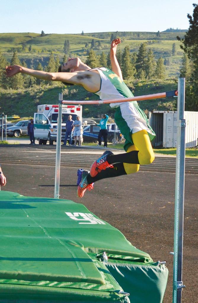 sports-track-hanson